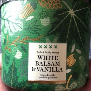 NWT Bath and Body Works White Balsam & Vanilla 3 Wick Candle
